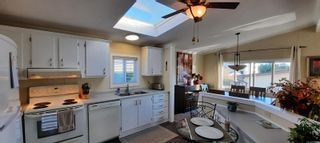 Photo 5: 120 13 CHIEF ROBERT SAM Lane in : VR Glentana Manufactured Home for sale (View Royal)  : MLS®# 881812