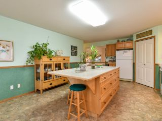 Photo 12: 2355 Strawberry Pl in CAMPBELL RIVER: CR Willow Point House for sale (Campbell River)  : MLS®# 830896
