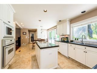 """Photo 7: 932 THERMAL Drive in Coquitlam: Chineside House for sale in """"Chineside"""" : MLS®# R2374188"""