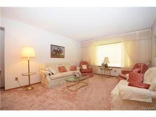 Photo 2: 2991 McPhillips Street in Winnipeg: Old Kildonan Residential for sale (4F)  : MLS®# 1711994