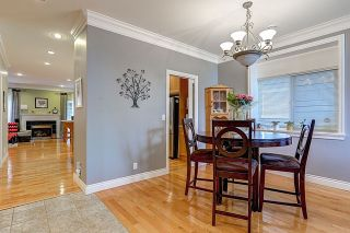 Photo 4: 5566 IRVING Street in Burnaby: Forest Glen BS 1/2 Duplex for sale (Burnaby South)  : MLS®# R2060321