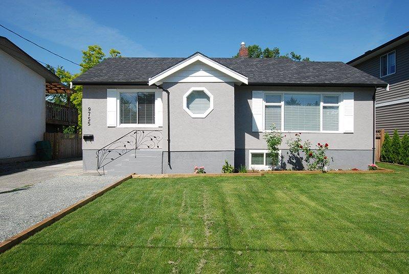 Main Photo: 9755 OAK Street in Chilliwack: Chilliwack N Yale-Well House for sale : MLS®# R2172613