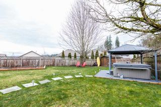 "Photo 18: 3931 WATERTON Crescent in Abbotsford: Abbotsford East House for sale in ""SANDY HILL"" : MLS®# R2438826"