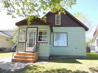 Photo 1: 1106 3rd Street in Estevan: City Center Residential for sale : MLS®# SK809972