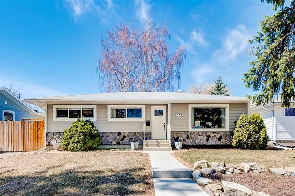 Main Photo: 359 Ashley Crescent SE in Calgary: Acadia Detached for sale : MLS®# A1115281