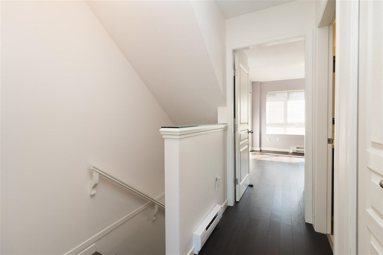 """Photo 10: Photos: 310 2688 WATSON Street in Vancouver: Mount Pleasant VE Townhouse for sale in """"Tala Vera"""" (Vancouver East)  : MLS®# R2304715"""