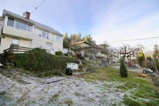 Photo 17: 204 N ELLESMERE Avenue in Burnaby: Capitol Hill BN House for sale (Burnaby North)  : MLS®# R2353002