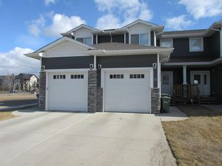 Main Photo: 11 Sullivan Close: Red Deer Row/Townhouse for sale : MLS®# A1120736