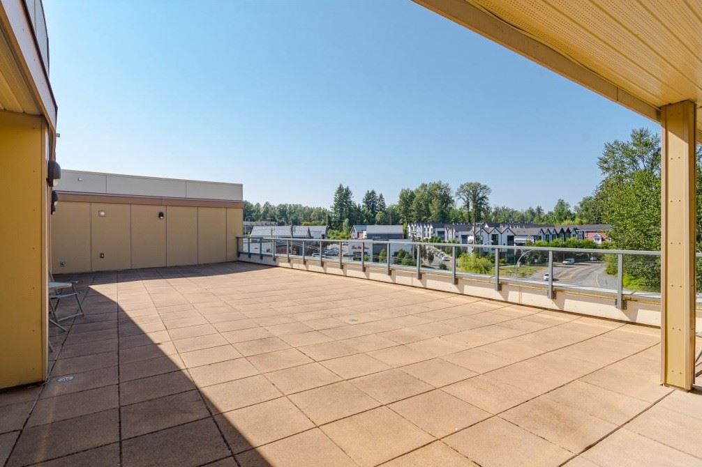 """Photo 24: Photos: 404 19228 64 Avenue in Surrey: Clayton Condo for sale in """"Focal Point"""" (Cloverdale)  : MLS®# R2535709"""