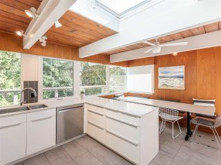 Photo 10: 5497 GREENLEAF Road in West Vancouver: Eagle Harbour House for sale : MLS®# R2559924