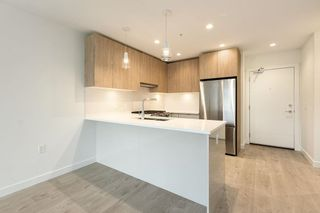 """Photo 4: 510 108 E 8TH Street in North Vancouver: Central Lonsdale Condo for sale in """"Crest"""" : MLS®# R2591618"""