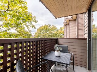 """Photo 6: 306 2215 DUNDAS Street in Vancouver: Hastings Condo for sale in """"Harbour Reach"""" (Vancouver East)  : MLS®# R2624981"""