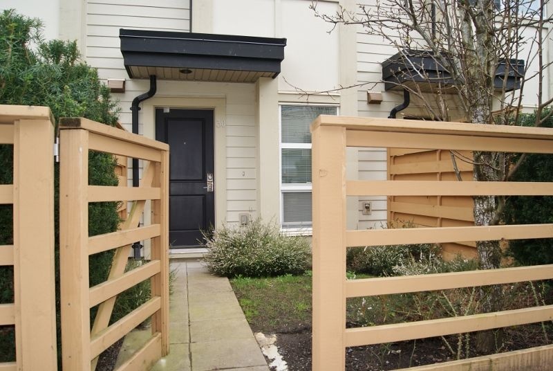 "Main Photo: 30 19477 72A Avenue in Surrey: Clayton Townhouse for sale in ""SUN at 72"" (Cloverdale)  : MLS®# R2150537"