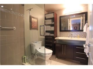 "Photo 13: 704 410 CARNARVON Street in New Westminster: Downtown NW Condo for sale in ""CARNARVON PLACE"" : MLS®# V1075370"