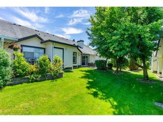 """Photo 30: 106 19649 53 Avenue in Langley: Langley City Townhouse for sale in """"Huntsfield Green"""" : MLS®# R2595915"""