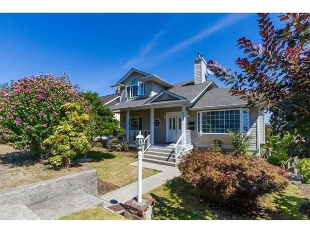 FEATURED LISTING: 823 BURNABY Street New Westminster