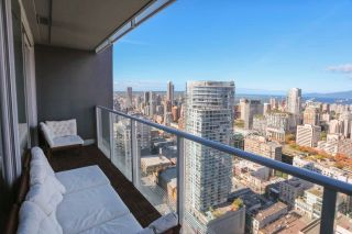 """Photo 13: 4703 777 RICHARDS Street in Vancouver: Downtown VW Condo for sale in """"Telus Garden"""" (Vancouver West)  : MLS®# R2616967"""