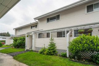 """Photo 3: 16 45215 WOLFE Road in Chilliwack: Chilliwack W Young-Well Townhouse for sale in """"PARKSIDE ESTATES"""" : MLS®# R2458118"""