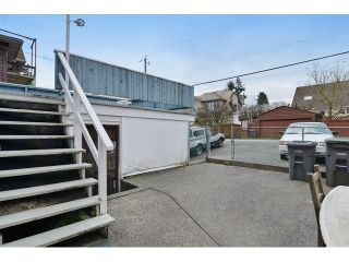 """Photo 12: 116 W 18TH Avenue in Vancouver: Cambie House for sale in """"CAMBIE VILLAGE"""" (Vancouver West)  : MLS®# V1105176"""