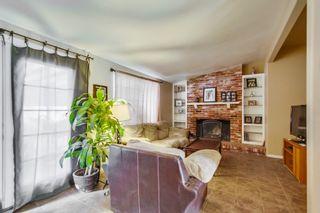 Photo 8: LEMON GROVE House for sale : 3 bedrooms : 2613 Nida