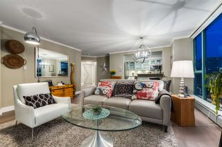"""Photo 7: 1401 120 W 2ND Street in North Vancouver: Lower Lonsdale Condo for sale in """"The Observatory"""" : MLS®# R2526275"""