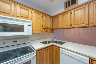 """Photo 5: 210 721 HAMILTON Street in New Westminster: Uptown NW Condo for sale in """"Casa Del Rey"""" : MLS®# R2406568"""