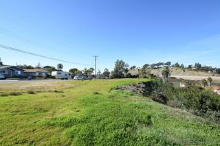Photo 5: SPRING VALLEY Property for sale: 8840 Leigh Ave in Sping Valley