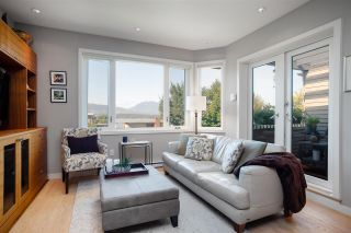 "Photo 5: 11 1620 BALSAM Street in Vancouver: Kitsilano Condo for sale in ""Old Kits Townhomes"" (Vancouver West)  : MLS®# R2484749"