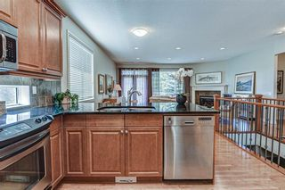 Photo 11: 7 ELYSIAN Crescent SW in Calgary: Springbank Hill Semi Detached for sale : MLS®# A1104538