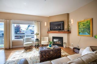 Photo 10: 38 2319 Chilco Rd in : VR Six Mile Row/Townhouse for sale (View Royal)  : MLS®# 877388