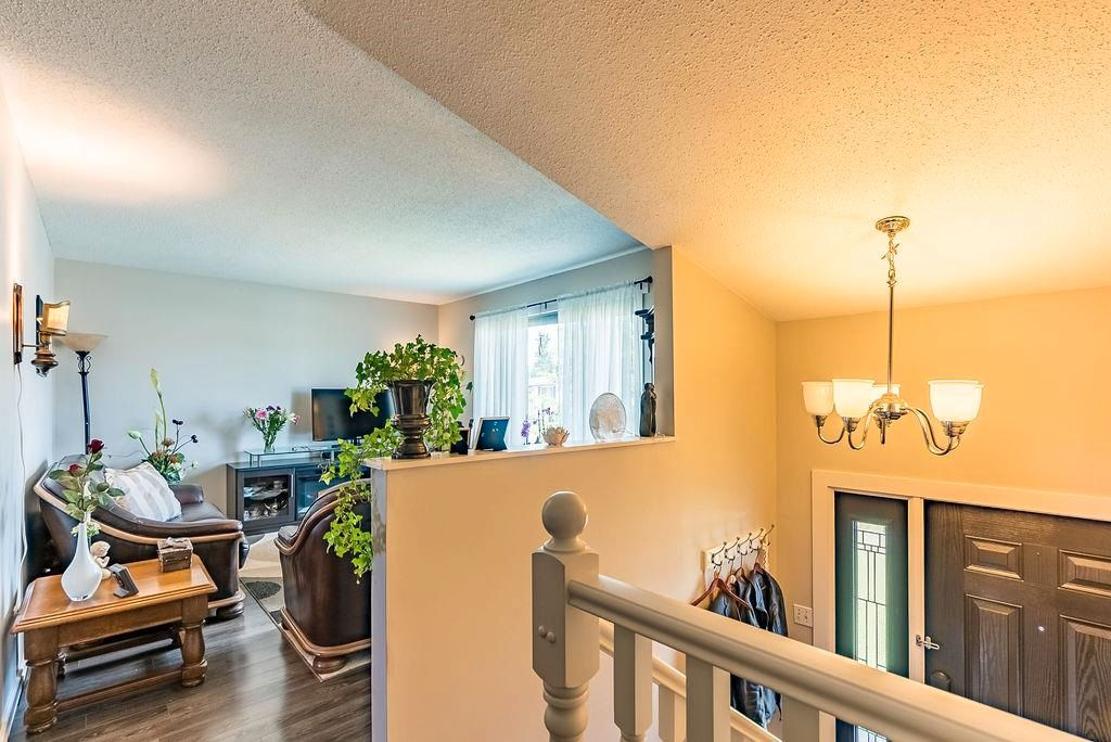 Photo 17: Photos: 5139 55 Avenue: Wetaskiwin Attached Home for sale : MLS®# E4249539