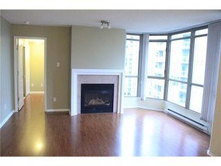 "Photo 2: 1905 867 HAMILTON Street in Vancouver: Downtown VW Condo for sale in ""JARDINES LOOKOUT"" (Vancouver West)  : MLS®# V1077240"