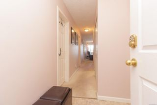 Photo 3: 205 7143 West Saanich Rd in : CS Brentwood Bay Condo for sale (Central Saanich)  : MLS®# 883635
