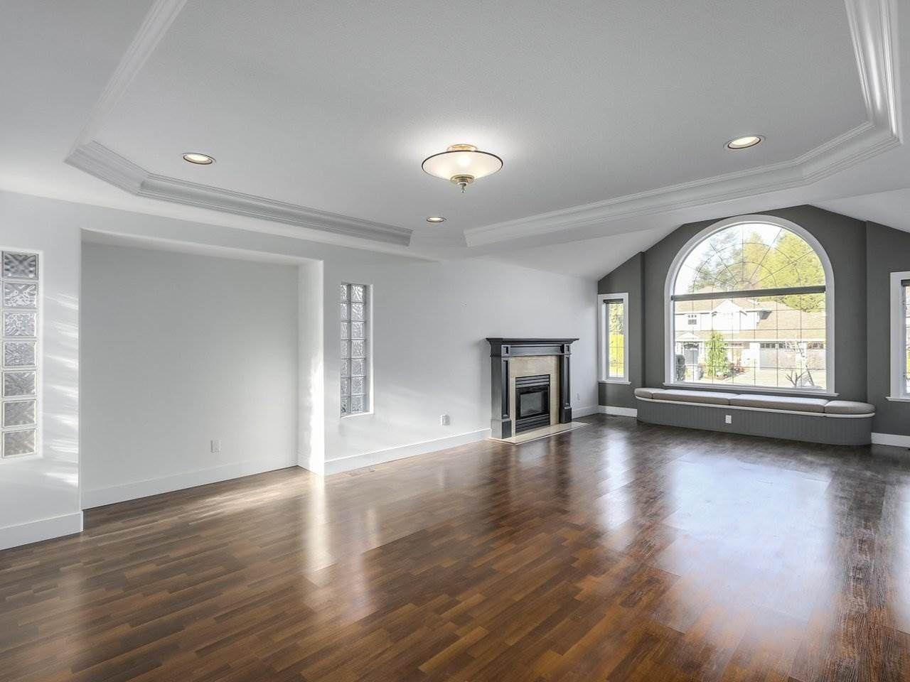 Photo 7: Photos: 12548 25A Avenue in Surrey: Crescent Bch Ocean Pk. House for sale (South Surrey White Rock)  : MLS®# R2328780
