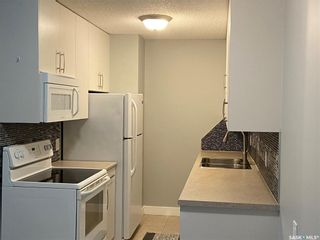 Photo 2: 303 307 tait Crescent in Saskatoon: Wildwood Residential for sale : MLS®# SK856249