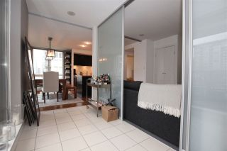 """Photo 9: 1106 1055 HOMER Street in Vancouver: Yaletown Condo for sale in """"DOMUS"""" (Vancouver West)  : MLS®# R2518319"""