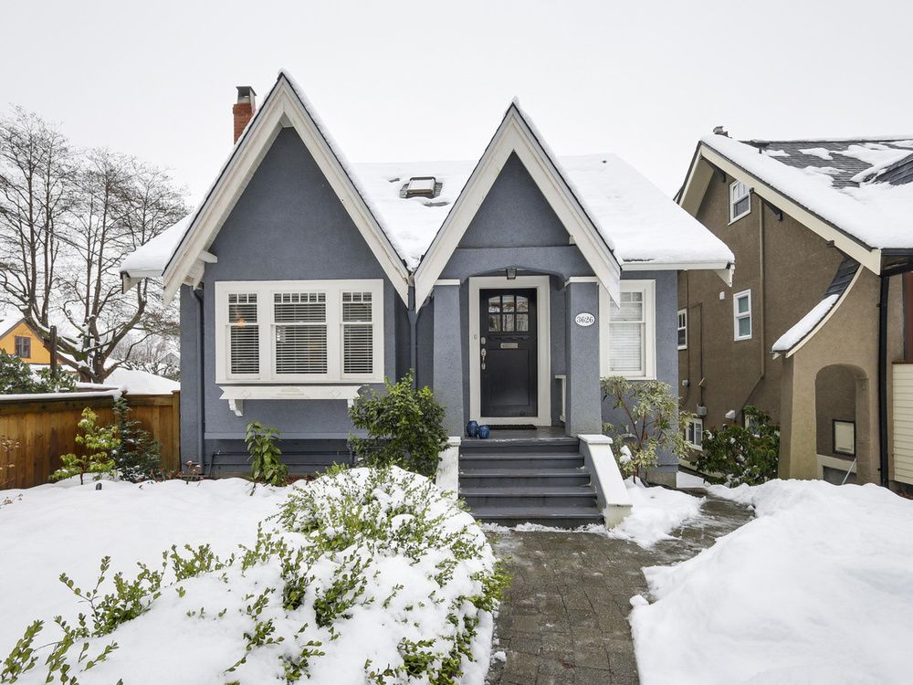 Main Photo: 3626 West 37th Ave in Vancouver: Home for sale