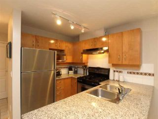 "Photo 4: 103 2181 W 10TH Avenue in Vancouver: Kitsilano Condo for sale in ""THE TENTH AVE"" (Vancouver West)  : MLS®# V793542"