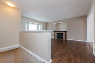 Photo 4: 34717 5 AVENUE in Abbotsford: Poplar House for sale : MLS®# R2483870