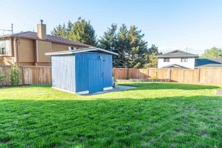 Photo 4: 798 Cecil Blogg Dr in : Co Triangle House for sale (Colwood)  : MLS®# 873713