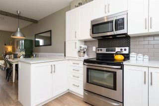 """Photo 6: 25 19477 72A Avenue in Surrey: Clayton Townhouse for sale in """"Sun at 72"""" (Cloverdale)  : MLS®# R2094312"""