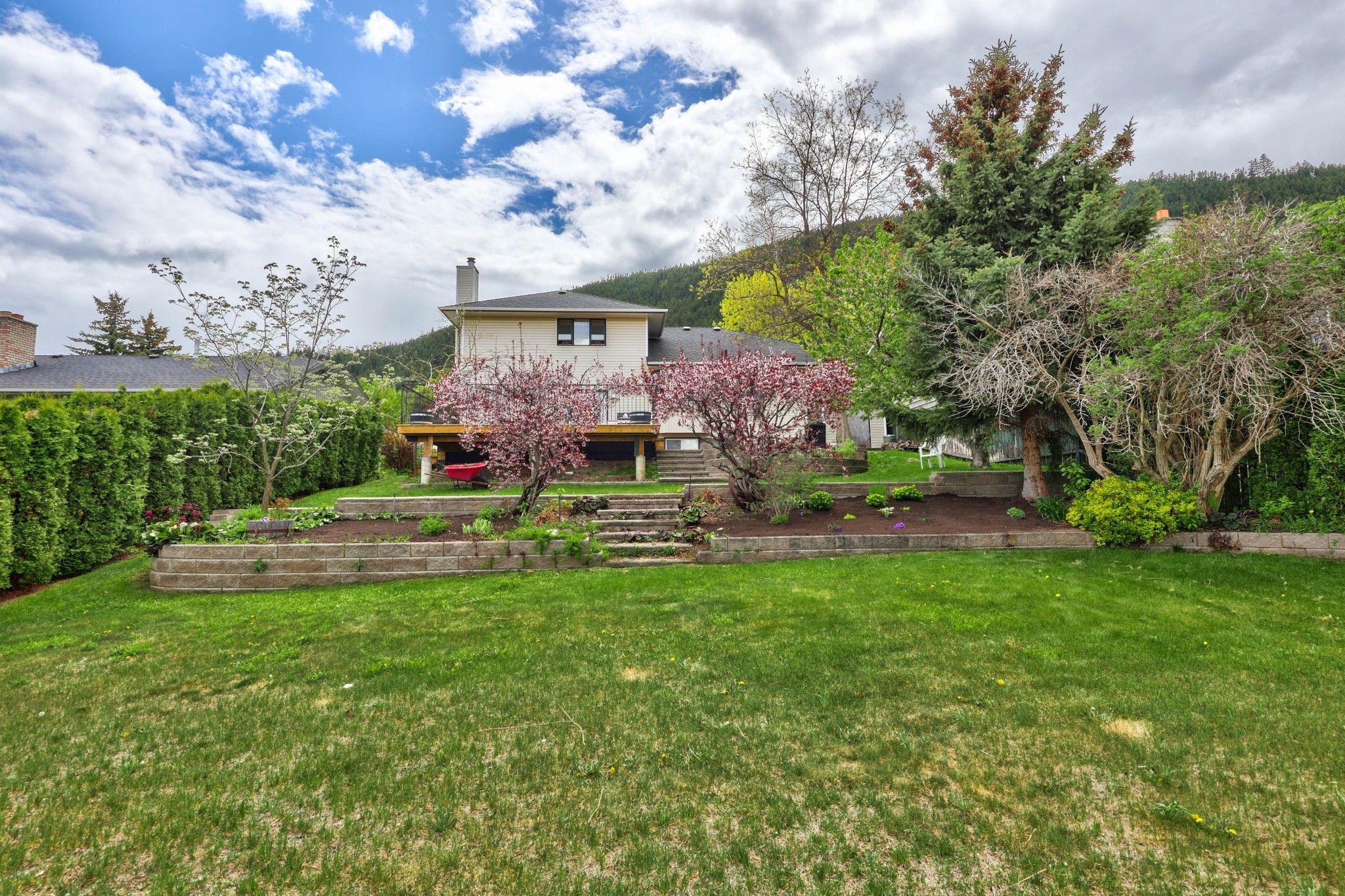 Photo 38: Photos: 2816 Capilano Drive in Kamloops: Juniper Heights House for sale : MLS®# 162002