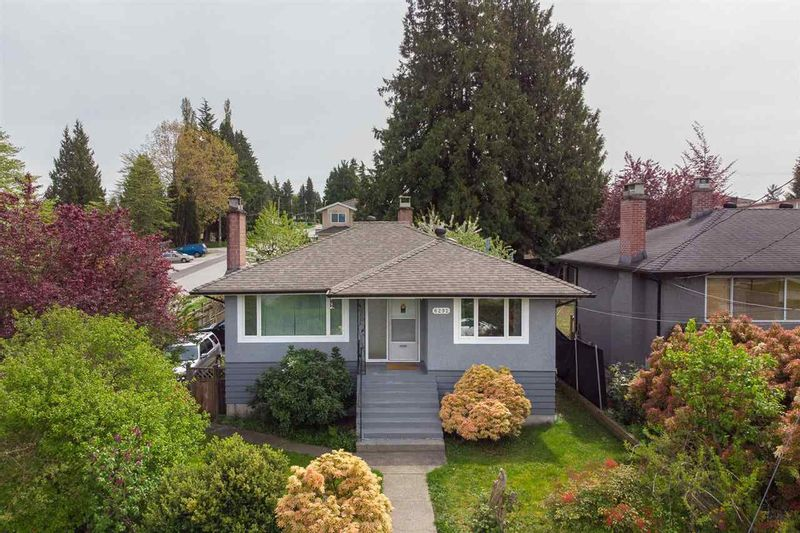 FEATURED LISTING: 8292 17TH Avenue Burnaby