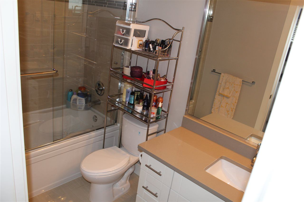 """Photo 7: Photos: 115 13368 72 Avenue in Surrey: West Newton Townhouse for sale in """"CRAFTON HILL"""" : MLS®# R2071517"""