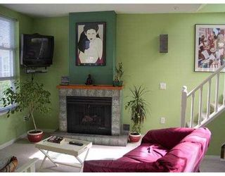 """Photo 3: 669 W 7TH Ave in Vancouver: Fairview VW Townhouse for sale in """"THE IVYS"""" (Vancouver West)  : MLS®# V634857"""