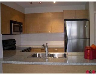 Photo 6: 403 6815 188TH Street in Surrey: Clayton Condo for sale (Cloverdale)  : MLS®# F2816368