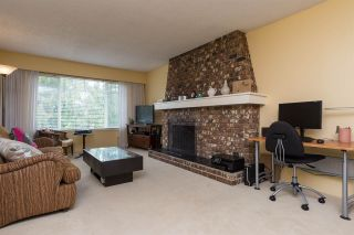 Photo 3: 3620 SOLWAY Drive in Richmond: Steveston North 1/2 Duplex for sale : MLS®# R2091389