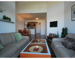 "Photo 2: 418 6033 KATSURA Street in Richmond: McLennan North Condo for sale in ""THE RED"" : MLS®# V722680"