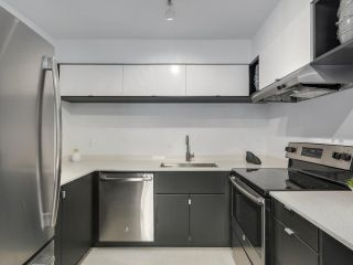Photo 10: 308 1877 W 5TH Avenue in Vancouver: Kitsilano Condo for sale (Vancouver West)  : MLS®# R2244751