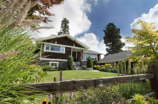 Photo 3: 4402 HIGHLAND Boulevard in North Vancouver: Forest Hills NV House for sale : MLS®# R2209072